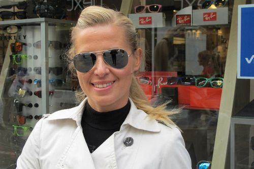 Kinga Sullivan wearing Ray-Ban Aviatior RB